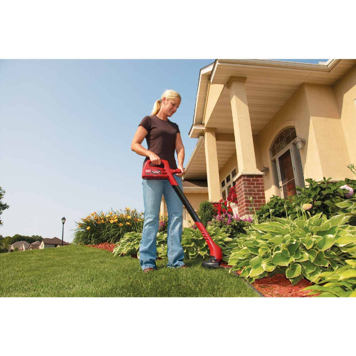 Toro 12V 8 In. Ni-Cad Straight Cordless String Trimmer Image 5